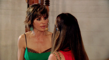 What Did Lisa Rinna Do?