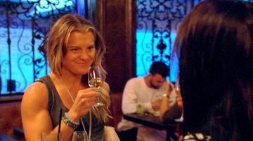Holly Rilinger's Awkward Date...With 'Top Chef's Angelo Sosa?!