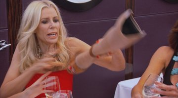 Aviva Drescher Throws Her Leg