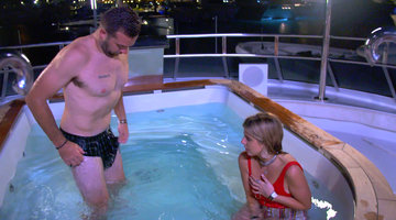 "Christine ""Bugsy"" Drake and Alex Radcliffe Have a Major Hot Tub Fail"