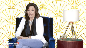 "Luann de Lesseps Thinks Sonja Morgan's Hostess Gift Was ""Tone Deaf"""