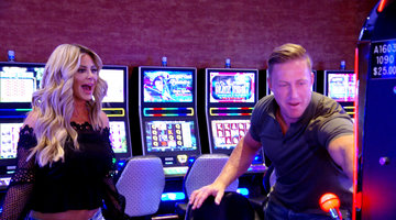 Kim Zolciak-Biermann Hits the Casino!