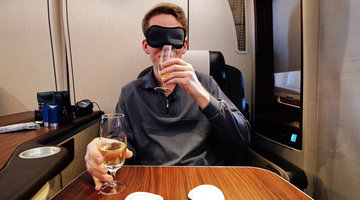 First-World Airplane Games: A Blindfolded Champagne Taste Test in First Class!