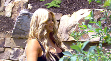 Kim Zolciak-Biermann Doesn't Fool with Bushes