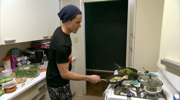 Tom Sandoval AKA Omelet Making Machine