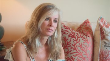 Eileen Davidson Is Bothered By Lisa's Questions