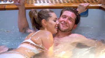 Adam Glick and Jenna MacGillivray Get Frisky in the Hot Tub!