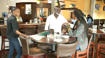 Cynthia Bailey Confronts Peter Thomas About Avoiding Her