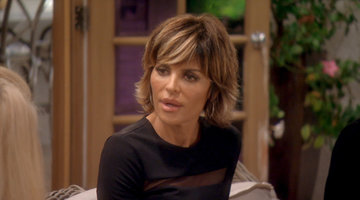 Instead of Going High, Lisa Rinna Goes Low