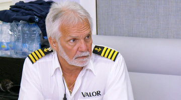 "Captain Lee Calls the Crew ""Mediocre"""