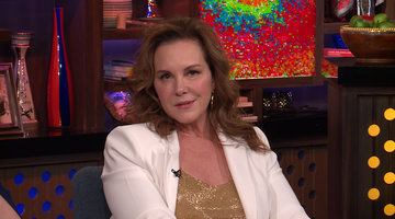 Is Elizabeth Perkins Team Bethenny or Team Carole?