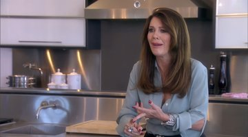 Does Lisa Vanderpump Hold Her Friendship as Ransom?