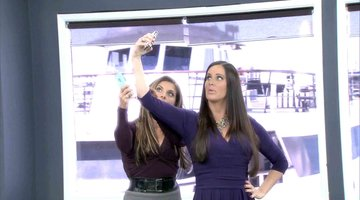 Patti Stanger Learns How to Take a Selfie