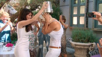 Yolanda Does a Special Ice Bucket Challenge