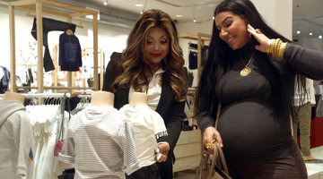 Asa Goes Shopping for the Baby with LaToya Jackson