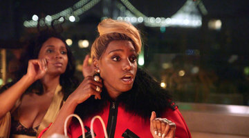 NeNe Leakes Gets a Helping Hand from Marlo Hampton