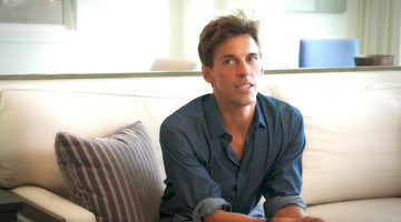Madison Hildebrand Gets Chewed Out by a Client