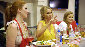 Tiffany Moon Tricks The Real Housewives Into Eating a Cricket-Covered Pizza