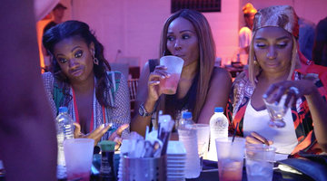 Are Shamari and Ronnie DeVoe Giving Kandi Burruss Performance Advice?