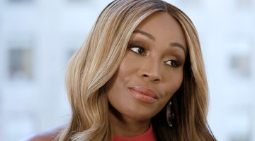 Cynthia Bailey Weighs in on Moore Manor vs. Chateau Shereé
