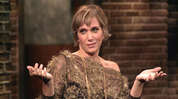 How a Psychic Helped Convince Kristen Wiig to Move to LA