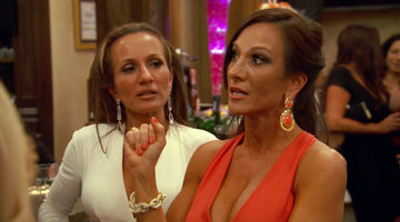 RHONJ ep 14 Recap Part 2: The Twins vs. Teresa Guidce