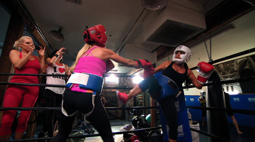 The Richards Sisters in the Ring