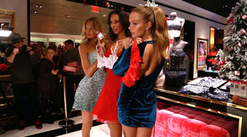 ​Watch Angels Dish on Victoria's Secret Fashion Show 2016
