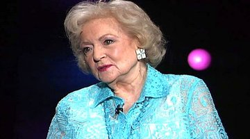 Betty White - The Golden Girls