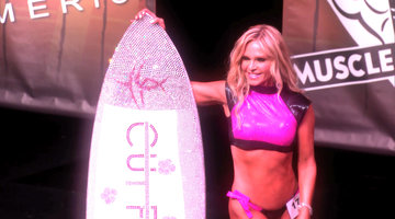 Tamra Flaunts Her Fit Bod