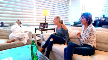 Lisa Rinna and Eileen Pay Yolanda a Visit