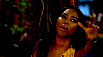 Kenya Moore is Ready to Gouge Her Eyes Out