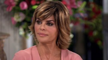 Lisa Rinna Calls out Vanderpump