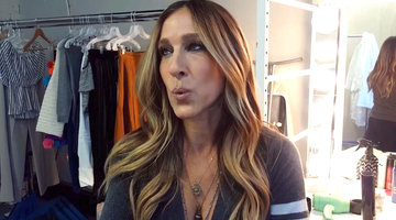 "Sarah Jessica Parker Even Makes ""Happy Birthday"" Glamorous"