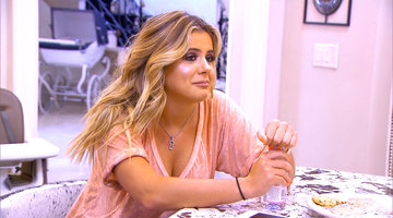 Brielle Biermann's Issue with Eating
