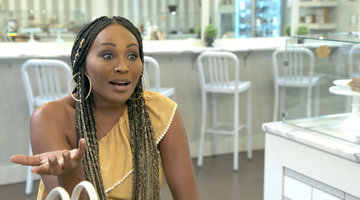Kenya Moore Tells Cynthia Bailey to Stop Talking About Getting Engaged