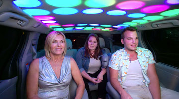 Captain Sandra Yawn Cruises in the Cash Cab