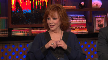 Reba McEntire on Roseanne Barr Criticizing her KFC Colonel
