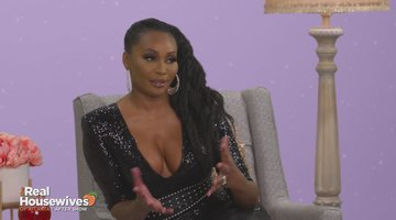 "Kenya Moore Claims Cynthia Bailey Has ""Cookie Dough"" on Her Hands"