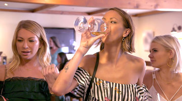Kristen Doute Embarrasses the Other Ladies During Their Wine Tasting Tour