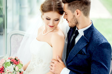 Best Gifts for Brides to Give Their Grooms | Home & Design