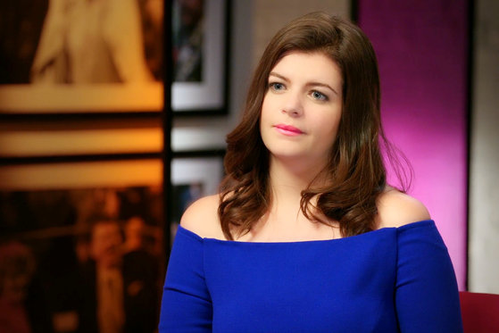 Casey Wilson Thinks This Housewife Embodies Juicy Couture Track Suits