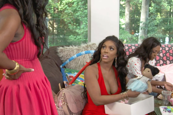 Kenya Moore Regifts Eva Marcille's Present for Brooklyn to Porsha Williams