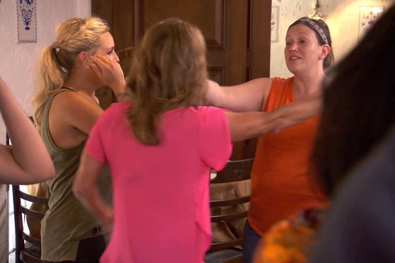 The Chefs Receive the Ultimate Surprise...Their Moms!