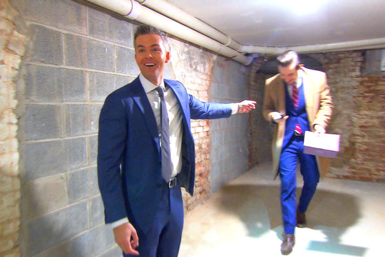 Ryan Serhant Organizes His Own Scavenger Hunt