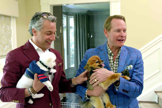 Carson Kressley and Thom Filicia Make Some Furry Friends