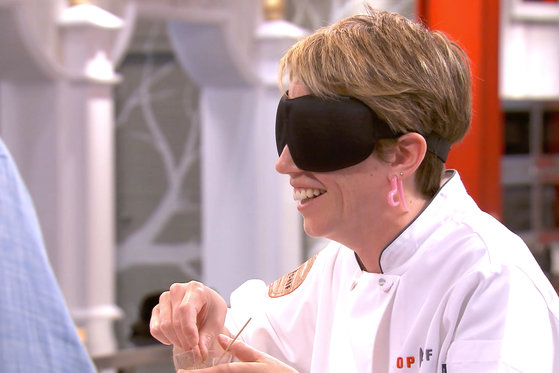 Can These Blindfolded Chefs Correctly Guess Herbs and Spices?