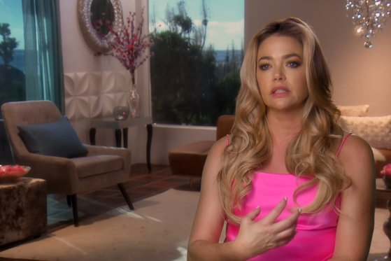 Denise Richards Surveys the Damage Done by the California Wildfires