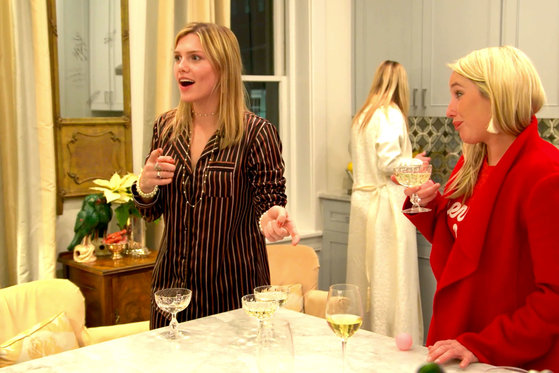 Forget Beer Pong, Southern Charmers Play Prosecco Pong