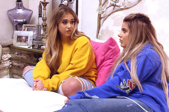 "Brielle and Ariana Biermann Think Mom Kim Zolciak-Biermann is ""Going Through Something"""